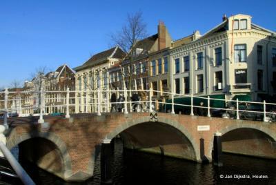 Het Rapenburg in Leiden.