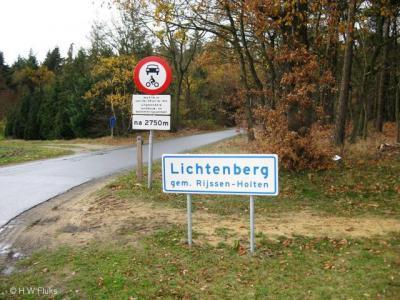 Lichtenberg (buurtschap van Rijssen, Holten en Nijverdal) wordt op grondgebied van de gemeente Rijssen-Holten met ch gespeld en ligt o.a. rond de Lichtenbergerweg met ch dus, maar ook rond de Ligtenbergerdijk met een g...