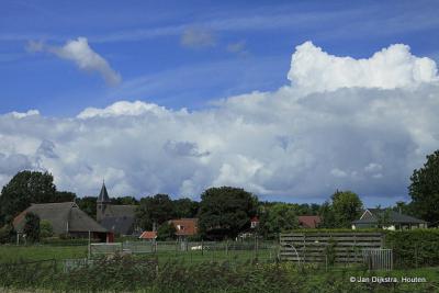 Plaatje van een dorp, dat Lioessens