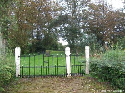 Looperskapelle. De kerk van dit dorp is al eeuwen geleden afgebroken, waardoor het plaatsje weer tot buurtschap 'degradeerde'. Het heeft nog wel een kerkhof.
