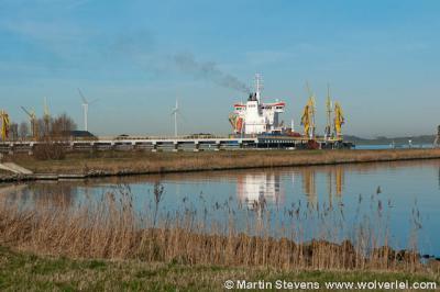 Ruigoord, Amsterdam, de olieterminal aan de noordkant