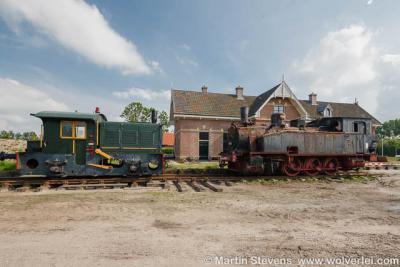De eigenaar heeft locomotieven en wagons van elders hierheen laten transporteren en eveneens gerestaureerd. In de wagons kun je nu in deze nostalgische treinsfeer pannenkoeken eten.
