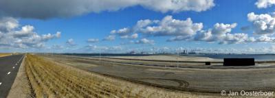 Maasvlakte 2, panorama met uitzicht op de Yangtzehaven