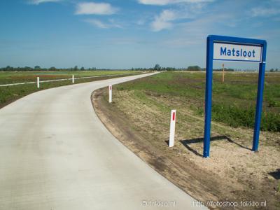 Matsloot is een buurtschap in grotendeels de provincie Drenthe, gemeente Noordenveld (t/m 1997 gemeente Roden), en voor een zeer klein deel provincie Groningen, streek Westerkwartier, gemeente Groningen (t/m 1968 gemeente Hoogkerk).