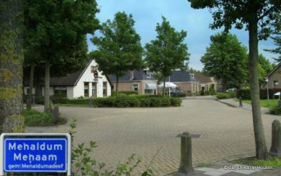 In Menaam aangekomen.