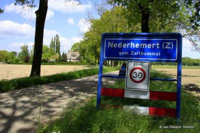 In Nederhemert-Zuid aangekomen.