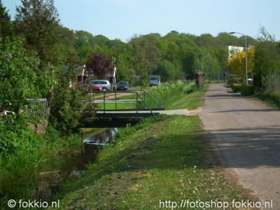 Nietap, het riviertje de Leeke op de grens tussen Nietap en Leek.