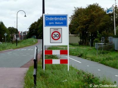 Onderdendam is een dorp in de provincie Groningen, gemeente Het Hogeland. T/m 2018 gemeente Bedum.