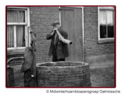 In Twente is het aloude midwinterhoornblazen nog steeds populair. Zo is er in Ootmarsum de Midwinterhoarnbloazersgroep Oatmârssche die deze traditie in ere houdt.