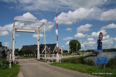 De Voetangelbrug waar de wateren Waver, Holendrecht en Bullewijk samenkomen