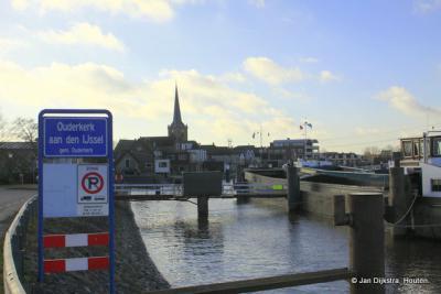 In Ouderkerk aan den IJssel aangekomen.