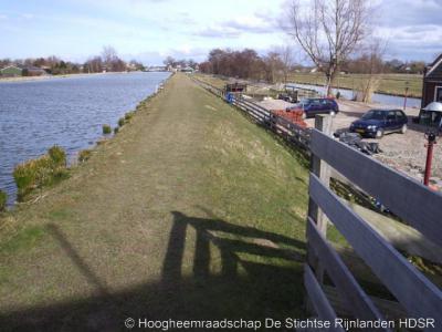 Portengensebrug (buurtschap van Kockengen), vaart Groote Heicop met kade, die in 2006 door het Hoogheemraadschap is verhoogd (voor zover gelegen W van de weg Portengen).