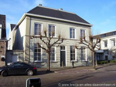 Prinsenbeek, voormalig gemeentehuis aan de Markt