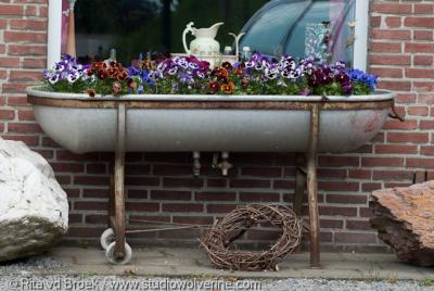 Terlinden (buurtschap van Noorbeek), Bloembak ter verfraaiing van het straatbeeld