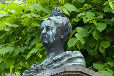 Noorbeek, Koningin Wilhelmina in brons vereeuwigd