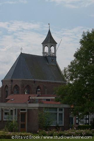 Hoedekenskerke, kerk