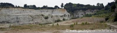 Ratum is bekend van de unieke steengroeven aldaar, die gesteenten uit vele tijdvakken bevatten (trias, jura, krijt, oligoceen, mioceen, plioceen en pleistoceen).