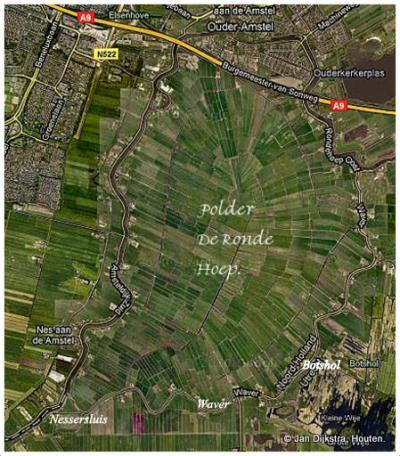 De buurtschap Nessersluis, hier linksonder op de kaart, is een mooi startpunt voor een wandel- of fietsrondje Polder De Ronde Hoep.