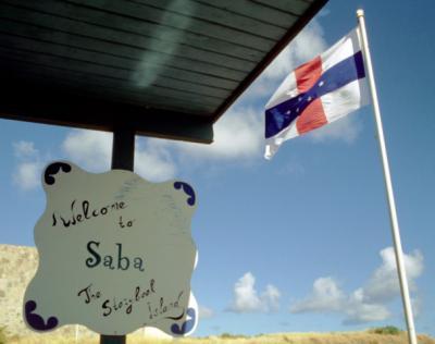 Saba, een slogan van dit eiland is kennelijk 'The Storybook Island'.