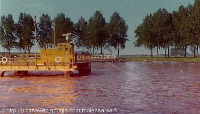 Schalkwijk, veerwagen Schalkwijk-Houten, 1968. Zie verder bij Geschiedenis.
