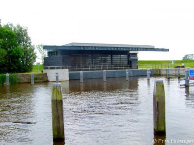 Schaphalsterzijl, het gelijknamige gemaal is gebouwd in 2005