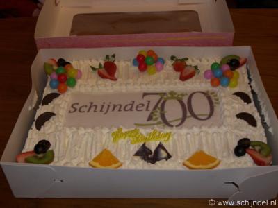 Schijndel heeft in 2009 uitbundig het 700-jarig bestaan gevierd, o.a. met speciale eenmalige 700 jaar-artikelen zoals postzegels, bier, wijn en klompen. Deze Schijndel 700-taart is door bakkerij Van Doorns aangeboden aan het gemeentebestuur.