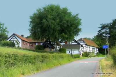 In de hooggelegen buurtschap Schweiberg, niet ver van Epen