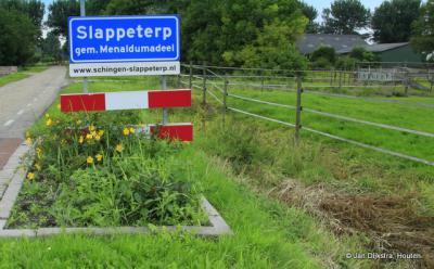 Slappeterp is een dorp in de provincie Fryslân, gemeente Waadhoeke. T/m 2017 gemeente Menameradiel.