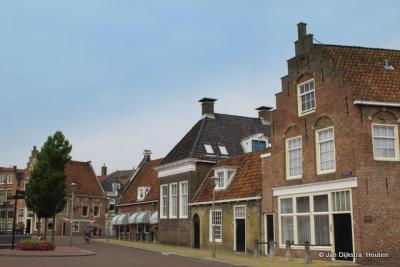 In het historische centrum van Sneek, Hoogend