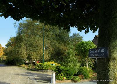 Snelrewaard, het deel dat bij de herindeling van 1989 naar de gemeente Oudewater is gegaan, heeft naast de komborden in de kern ook plaatsnaambordjes in het buitengebied gekregen, zodat je op die manier kunt zien dat dat ook nog bij Snelrewaard hoort.