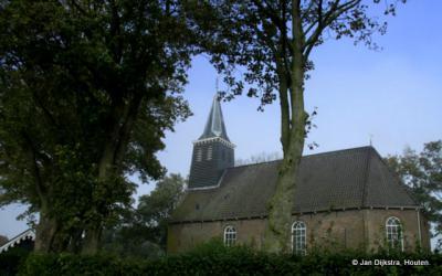 Tjerkgaast, met de Hervormde kerk