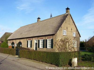 Vaareind (buurtschap van Princenhage), langgevelboerderij uit 1852 aan de Vaareindseweg 14.