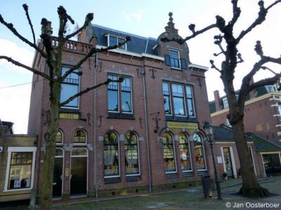 Voorschoten, het voormalige postkantoor uit 1905 aan de Voorstraat