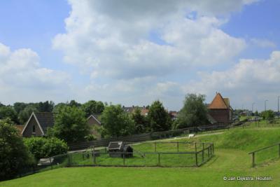 Buurtschap Waal, op een mooie zomerdag in juli