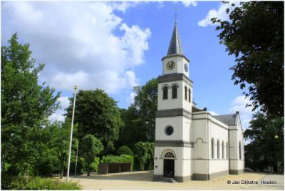Het witte kerkje van Waardenburg.
