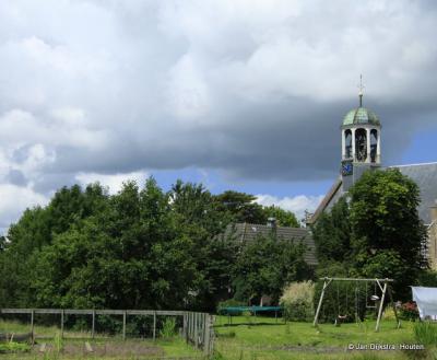 Achter de Hervormde (PKN) kerk van Waarder