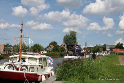 Fryslân één en al watersport, zoals hier in Warga.