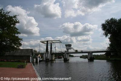 Warten / Wartena, brug in de Rounwei (Rondweg).