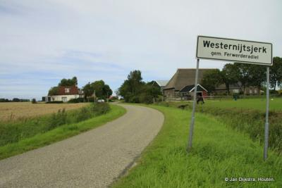 Het mooi gelegen Westernijtsjerk.
