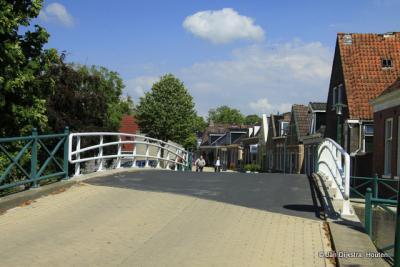 Kom over de brug in Witmarsum