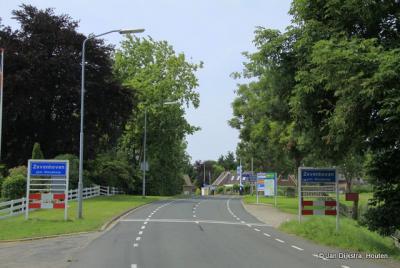 Zevenhoven is een dorp in de provincie Zuid-Holland, in de streek Groene Hart, gemeente Nieuwkoop. Het was een zelfstandige gemeente t/m 1990. In 1991 over naar gemeente Liemeer, in 2007 over naar gemeente Nieuwkoop.