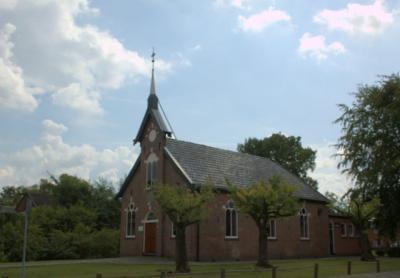 Het mooie, Doopsgezinde kerkje in De Westereen