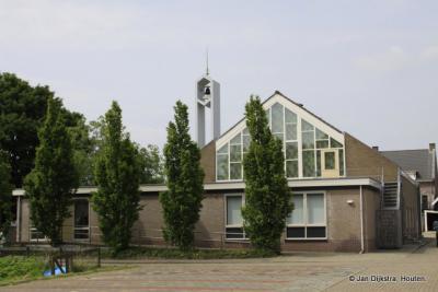 Waal heeft een kerk, maar wordt desondanks nog als buurtschap en niet als dorp beschouwd