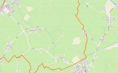 Voor de Tjerkwerder buurtschap Aaksens moet je halverwege de weg van Blauwhuis naar Wolsum linksaf. De twee boerderijen aldaar hebben als adres Hemdijk 19 en 21 'in' Tjerkwerd. Zie verder het hoofdstuk Ligging. (© OpenStreetMap)