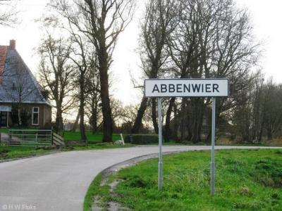 Abbenwier is een buurtschap van het dorp Jirnsum, gemeente Leeuwarden.