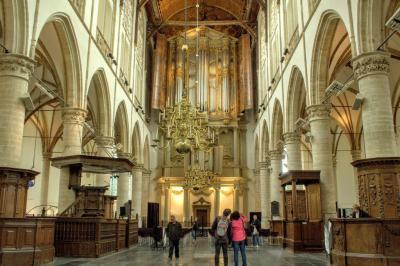 Alkmaar, interieur van de Grote Kerk of Sint Laurenskerk (© Jan Dijkstra, Houten)