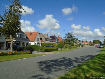 Buurtschapsgezicht van de huidige buurtschap Almenum aan de Harlingerstraatweg W van de dorpskern van Midlum.