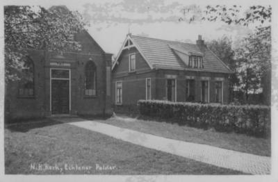 Bantega, de voormalige Hervormde kerk met daarnaast de eveneens voormalige pastorie. De plaats wordt hier nog Echtener Polder genoemd. De Hervormde kerk is gebouwd in 1916 en in 1996 aan de eredienst onttrokken. Tegenwoordig is het een woonhuis.