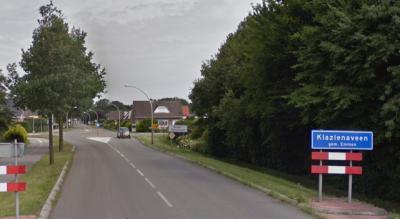 De kern van buurtschap Barger-Oosterveen is door de gemeente als (tweede) bebouwde kom van Klazienaveen bestempeld, met blauwe borden (komborden) met die naam, met (vanuit het W, Z en O) kort erna witte borden Barger-Oosterveen. Zie verder het kopje Naam.