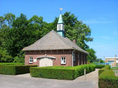 Bath, het huidige kerkje van de Vrije Evangelische Gemeente dateert uit 1950 (© Kees Wittenbols/www.breda-en-alles-daaromheen.nl)